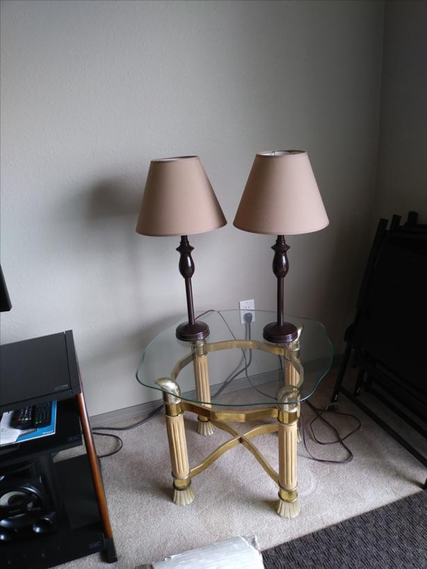 Table & 2 lamps