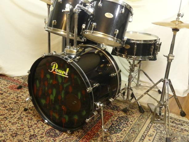 OBO.  PEARL DRUMS, SABIAN CYMBALS WOW!