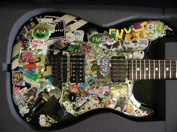 WANTED: Ugly or nice cheap electric guitar wanted - ANY type or style
