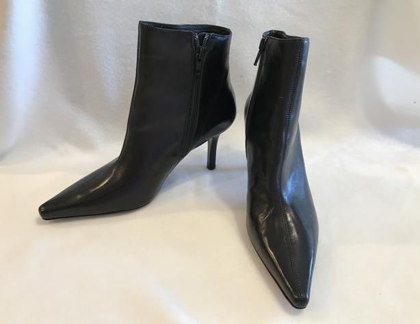 CAVALLINI II Women's Black Leather Ankle Boots