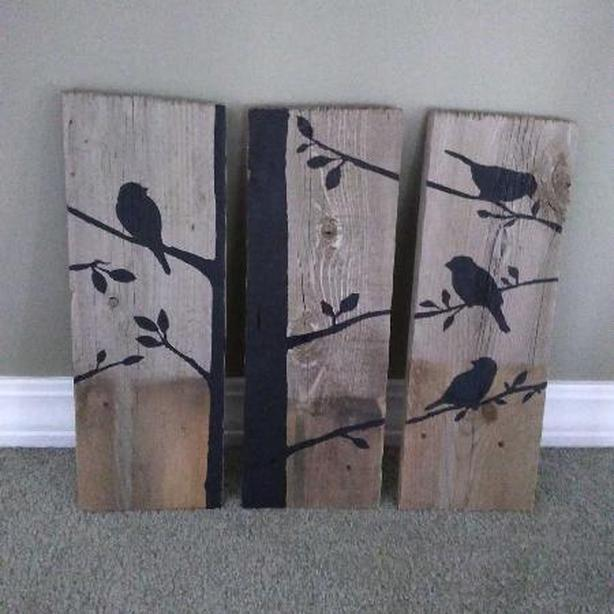 BIRD SILHOUETTE SET ON RECLAIMED WOOD