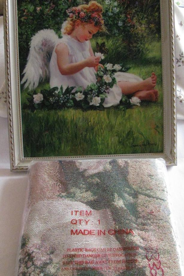 Little Girl Angel Wall Picture & Matching Tapestry Throw 2PC Brand New
