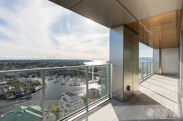Brand New 1550sf 2 Bed Condo w/ 4 Balconies @ Vancouver House