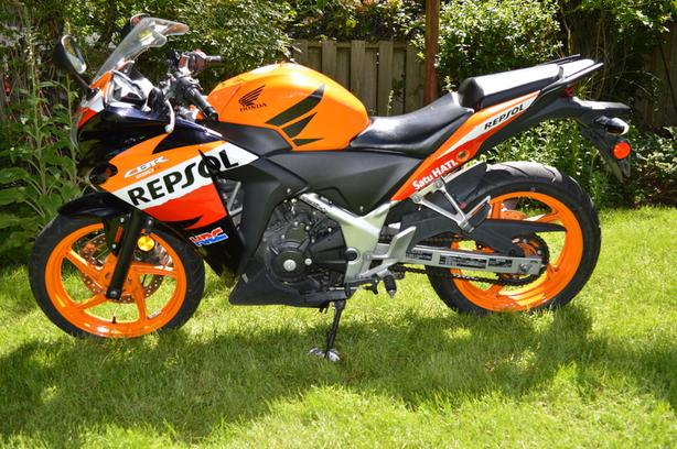 REDUCED PRICE - 2013 CBR250R ABS Repsol Edition - CLEAN!