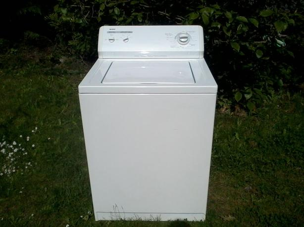 Kenmore Washer - Very Good Condition - free drop off in Nanaimo