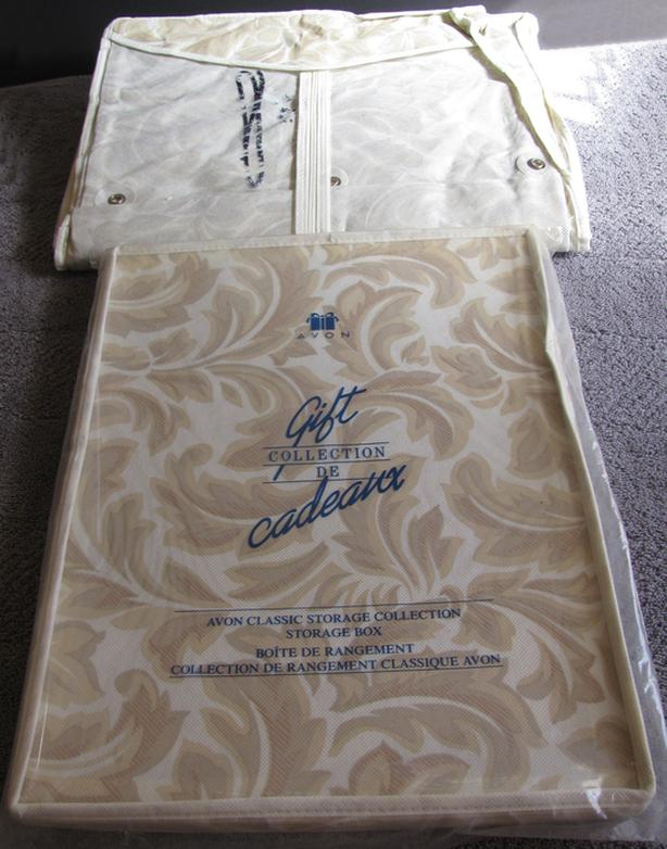 Vintage Avon Gift Collection Classic Garment Bag & Storage Box 2PC NEW w/Stain