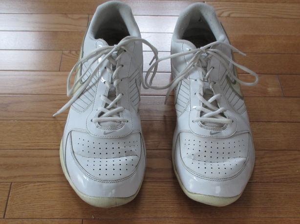 White Nike Air Men's Size 15 Runners