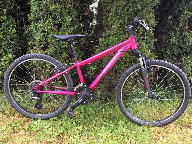 "Devinci Ewoc 24"" wheel kids bike"