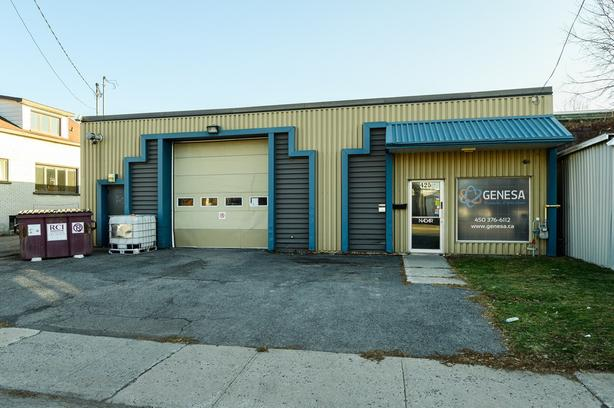 Commercial building great location in St-Jean-sur-Richelieu