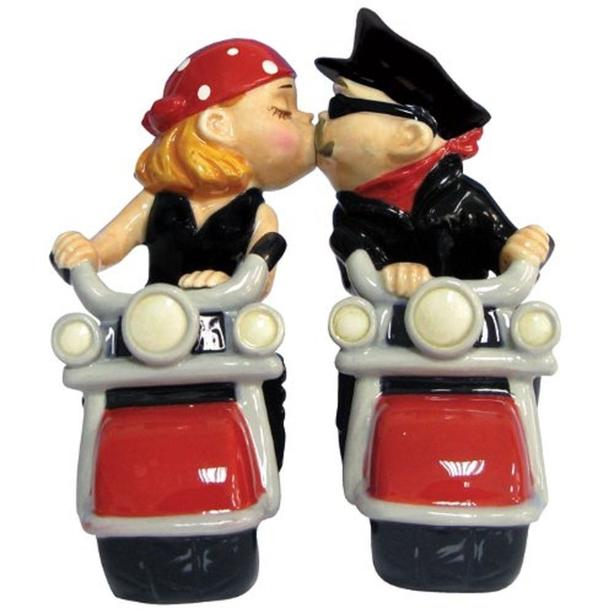 Motorcycle Biker Couple Kissing Collectible Magnetic Salt&Pepper Shaker Set NEW