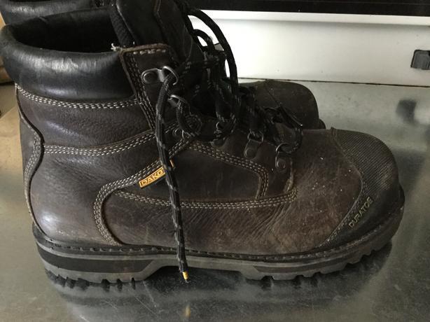 Dakota boots sz 12