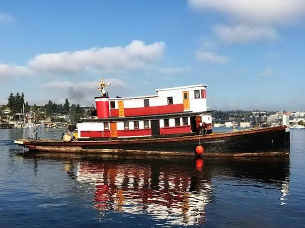 Wallace Classic / Antique Tug For Sale - Excaliber