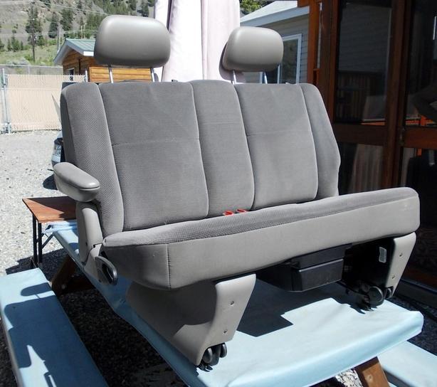 PRICE REDUCED ; 2002 Dodge Caravan seat