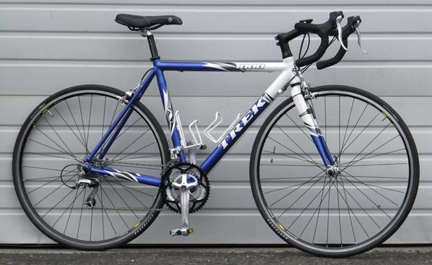 2004 54cm Trek 1000 Aluminum 24 Speed Road Bike