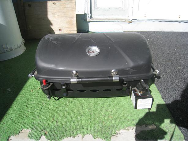 PROPANE and NATURAL GAS BBQ's