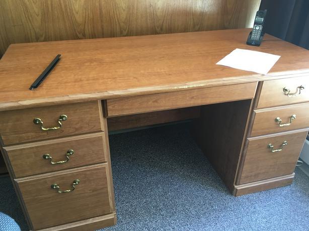 Solid Wood veneer desk