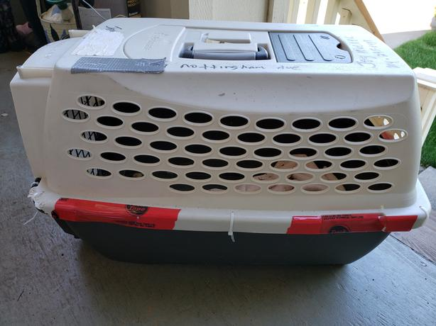 Pet Carrier - Solid Plastic and Metal Door (REDUCED)