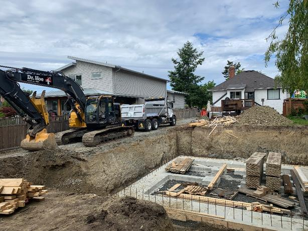 Excavating & Trucking