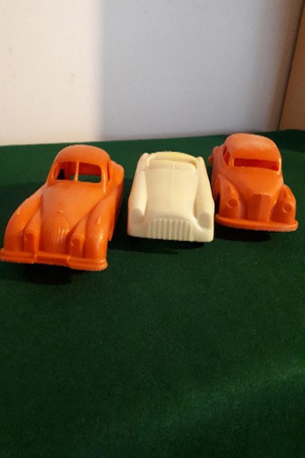 1950's VINTAGE PLASTIC CARS