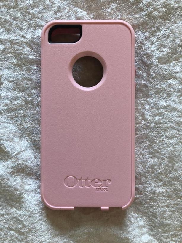 Pink iPhone 5 Otterbox Case