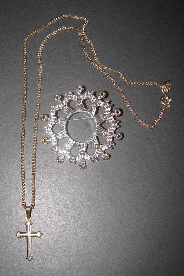 Vntg Sarah Coventry Dainty Cross Pendant Necklace & Avon Angels Brooch Pin 2PC