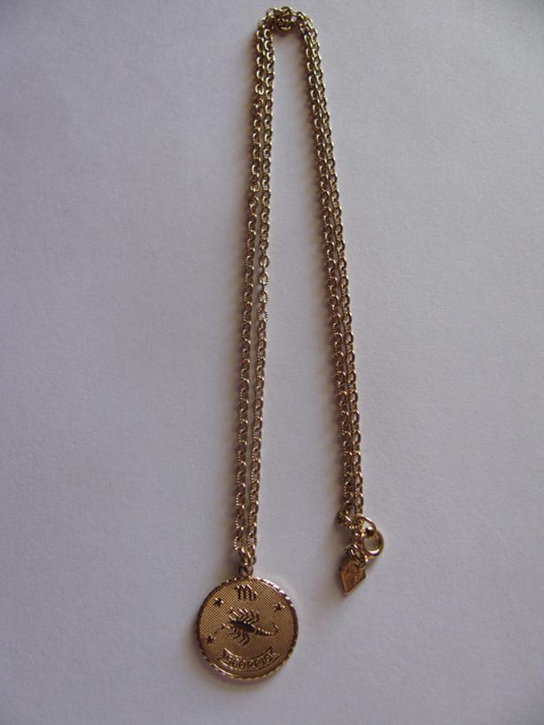 Vintage Sarah Coventry Canada Zodiac Pendant Necklace Scorpio Goldtone