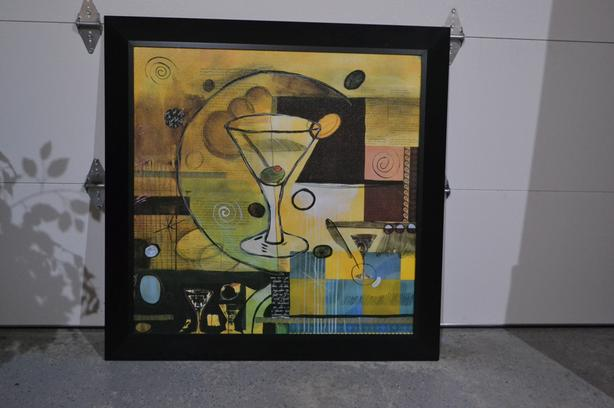 PAINTING OF VERMOUTH GLASS