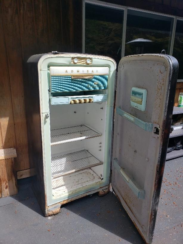 FREE: old school fridge