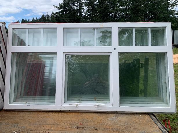 Starline Double pane vinyl windows
