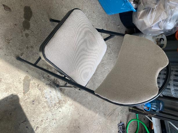 FREE: folding desk chair