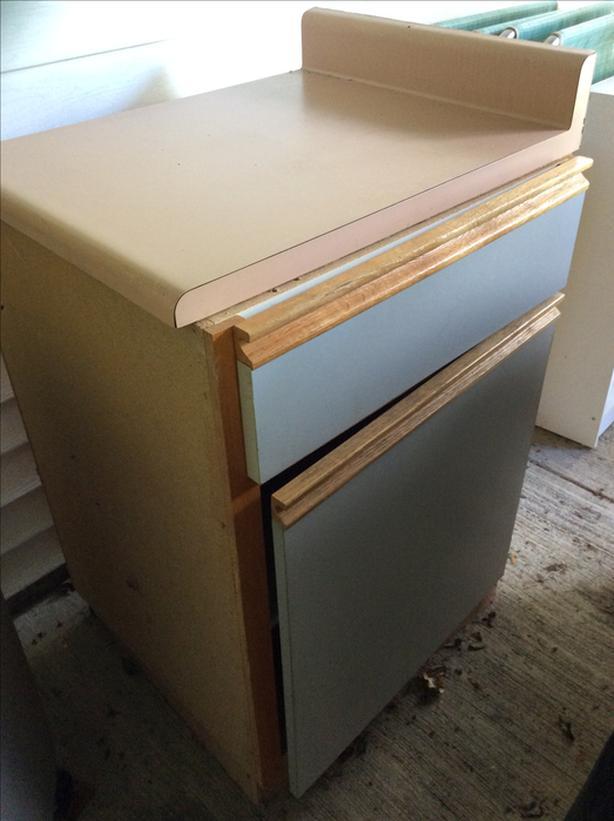 FREE:Kitchen cabinet
