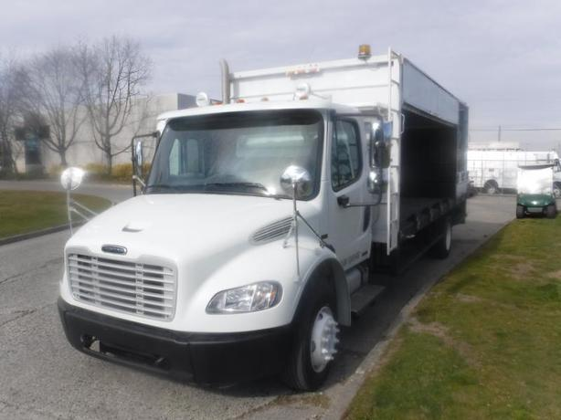 2008 Freightliner M2 106 Flat Deck 20.5 feet  Diesel with Air Brakes