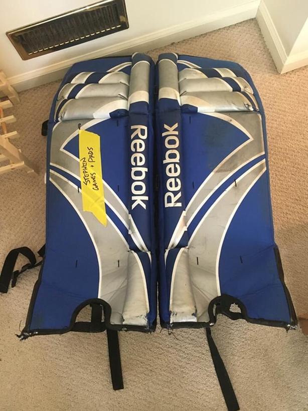 Hockey Goalie Pads / Equipment