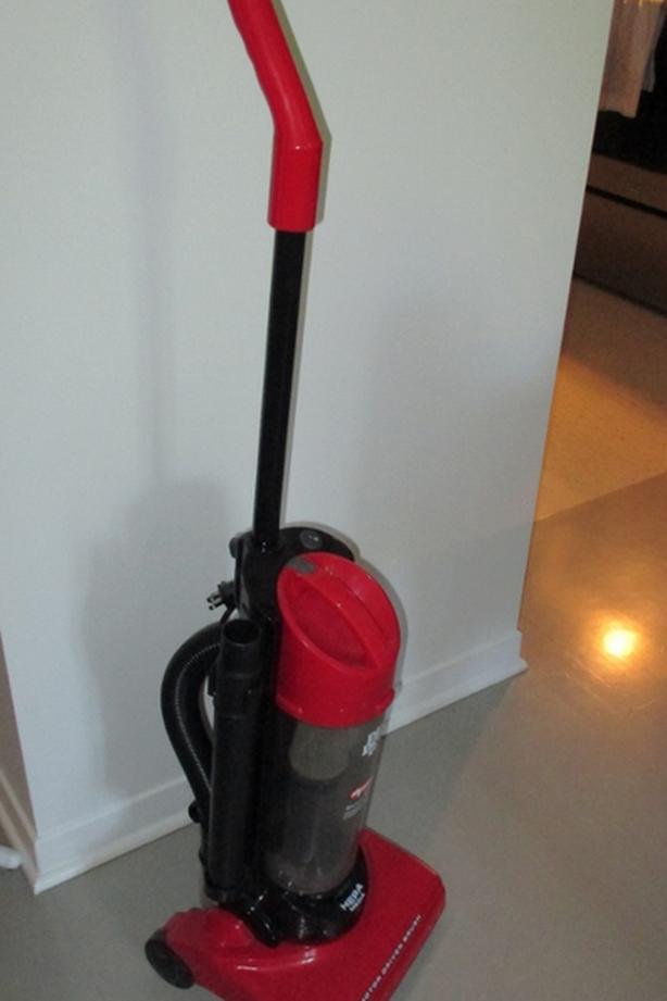 "Dirt Devil ""Dynamite Plus"" Vacuum cleaner"