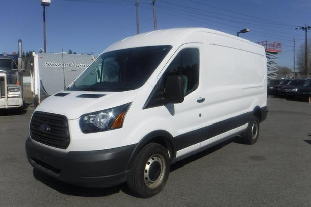 2018 Ford Transit 250 Van Med. Roof  148-in. WB Cargo Van