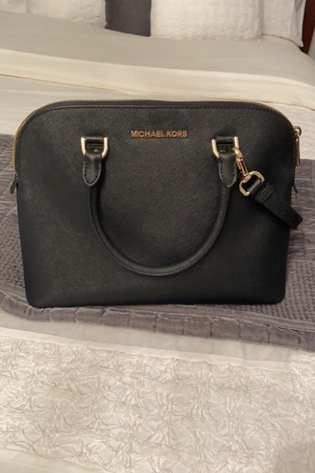 New, real Michael Kors purse