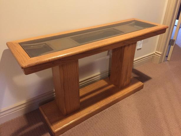 Matching Oak sofa table & coffee tables