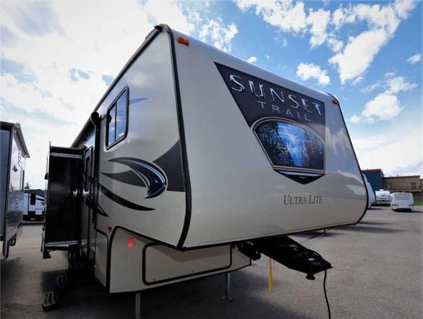 2014 Forest River SUNSET TRAIL 270BH