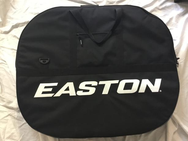 Easton Road Wheel Travel Bag