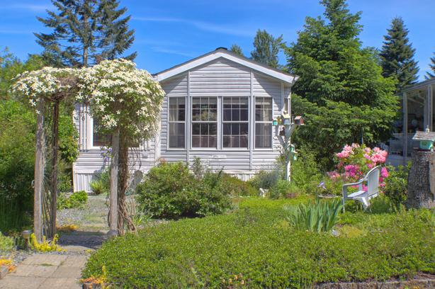 Affordable living close to Ladysmith!