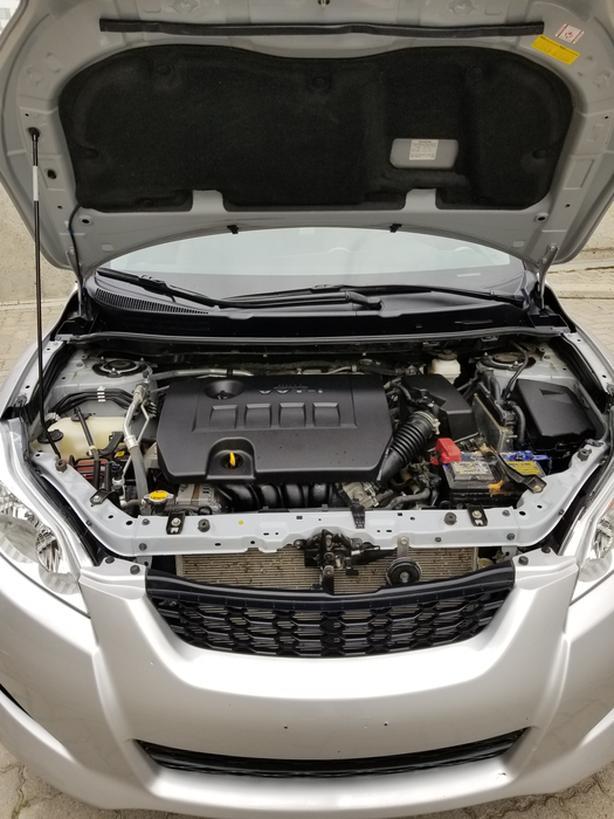 Awesome Toyota Matrix Corolla 2012