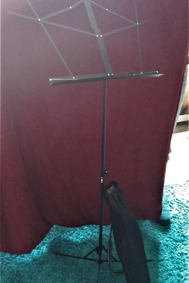 Yorkville Folding Music Stand with Bag