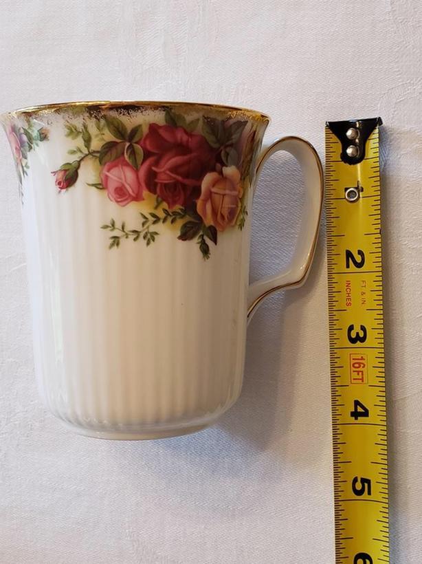 3 Royal Albert Old Country Roses Bristol Beaker Mug