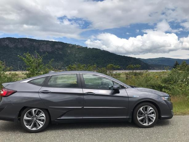 2020 Honda Clarity Plug-In Hybrid (Buy or Take over the Lease)