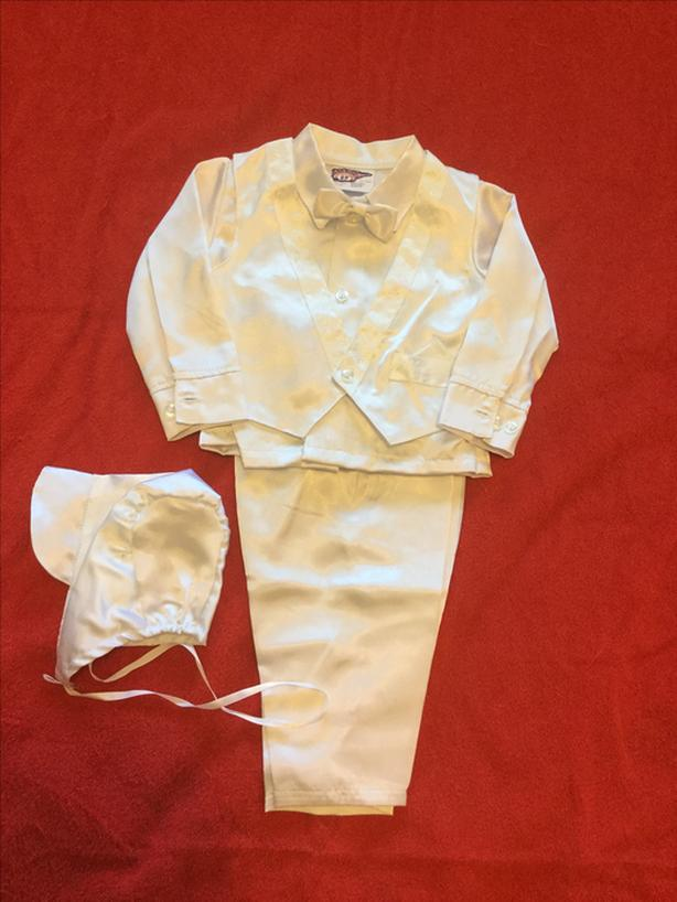 BOYS * CHRISTENING/BAPTISM/ OUTFIT * Five pieces * 6 Months