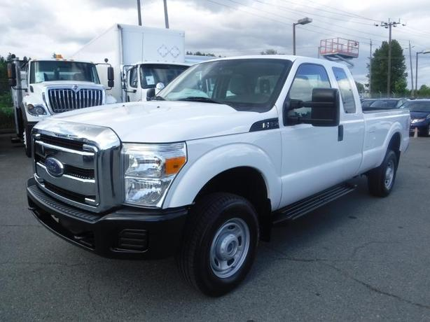 2014 Ford F-350 SD SuperCab 8 foot Box 4WD