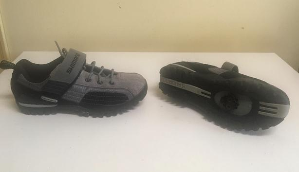 Shimano SH-MT40 All Terrain MTB / SPD Cycling Shoe Ladies size 7 US 40 EUR