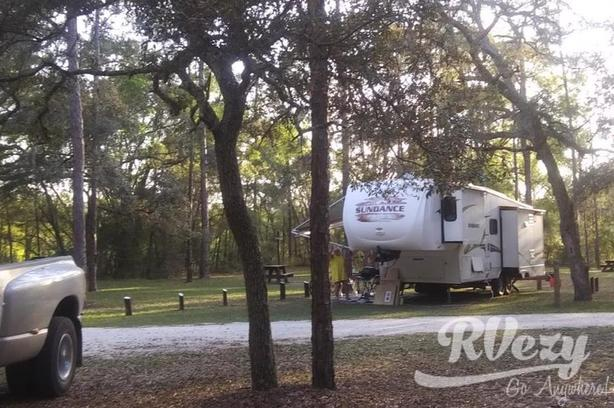 Sundance (Rent  RVs, Motorhomes, Trailers & Camper vans)
