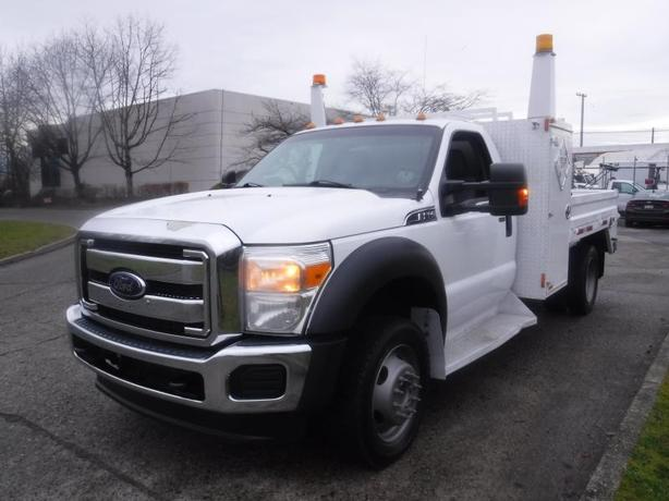 2014 Ford F-550 Regular Cab Dually 4WD 8.6 Foot Flat Deck