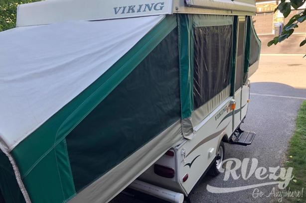 Epic 2107 (Rent  RVs, Motorhomes, Trailers & Camper vans)